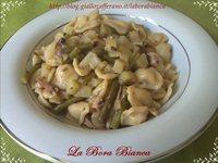 Orecchiette fatte in casa con moscardini, patate e fagiolini La Bora Bianca