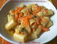 Pasta con carote | Ricetta vegetariana | La Bora Bianca