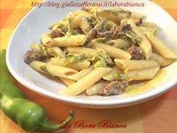 Pasta con friggitelli e salsiccia La Bora Bianca