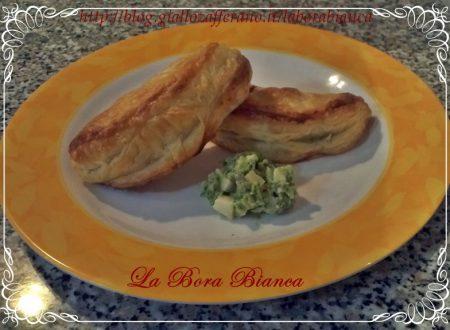 Pasta sfoglia ripiena di broccoli e formaggio, ricetta vegetariana