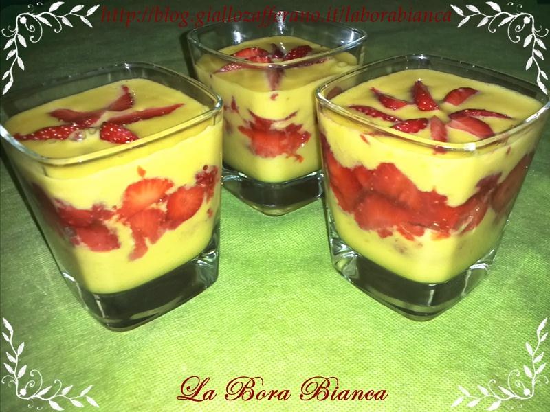 Tiramisù di fragole e zabaione | ricetta dolce al cucchiaio | La Bora Bianca