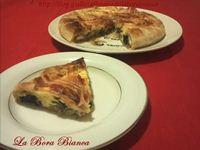 Torta salata con mascarpone, radicchio e pancetta