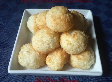 Biscotti al cocco, ricetta con soli albumi