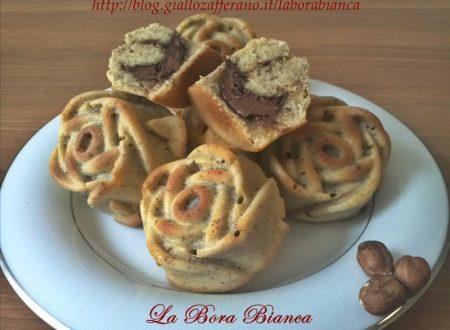 Muffin con nocciole alla nutella, ricetta golosa