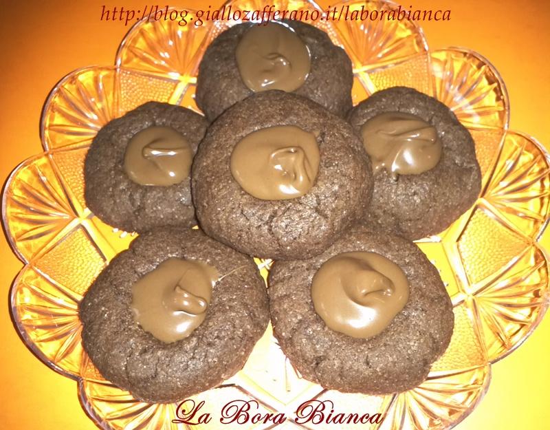 Biscotti al cacao e nutella   ricetta golosa   La Bora Bianca