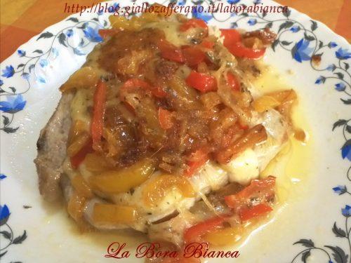 Braciole di maiale con mozzarella e peperoni, ricetta ricca