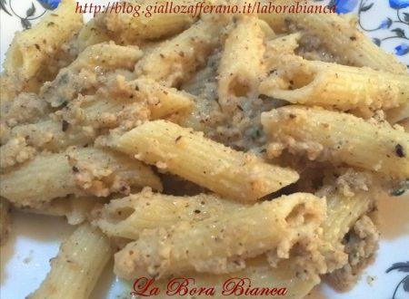 Pasta alle nocciole, ricetta salata veloce