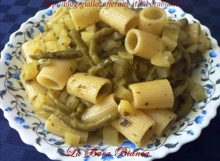 Pasta con fagiolini e patate, ricetta vegana