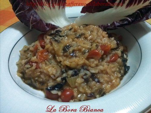 Risotto al radicchio e pomodorini, ricetta vegetariana