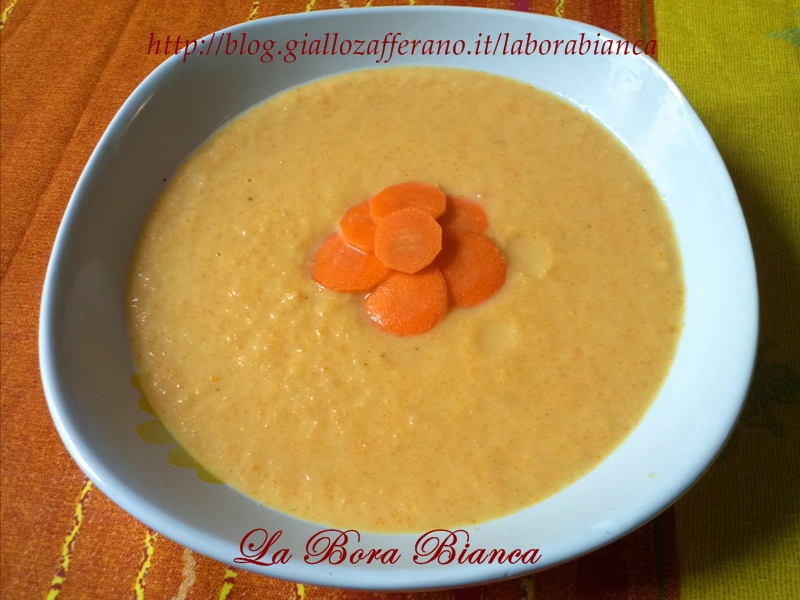 Crema di cipolle e carote | ricetta vegetariana semplice e veloce | La Bora Bianca