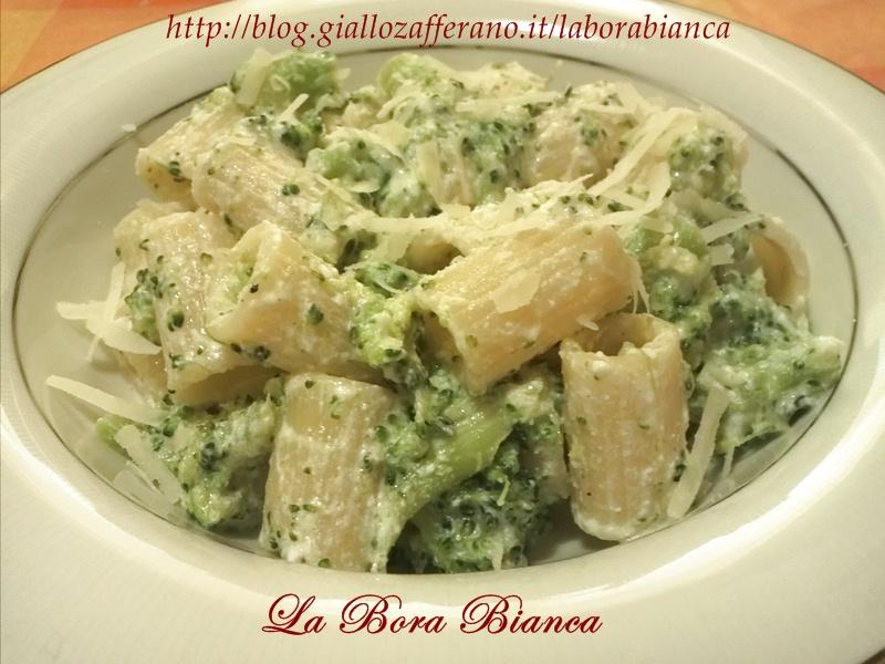 Pasta con broccoli e ricotta, ricetta vegetariana La Bora Bianca