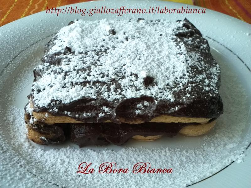 Tiramisù con crema al cioccolato, ricetta veloce senza uova La Bora Bianca
