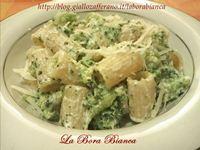Pasta con broccoli e ricotta La Bora Bianca