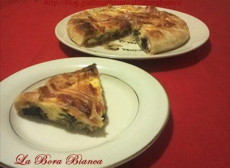 Torta salata con mascarpone radicchio e pancetta, ricetta gustosa