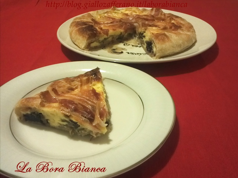 Torta salata con mascarpone, radicchio e pancetta, ricetta gustosa La Bora Bianca