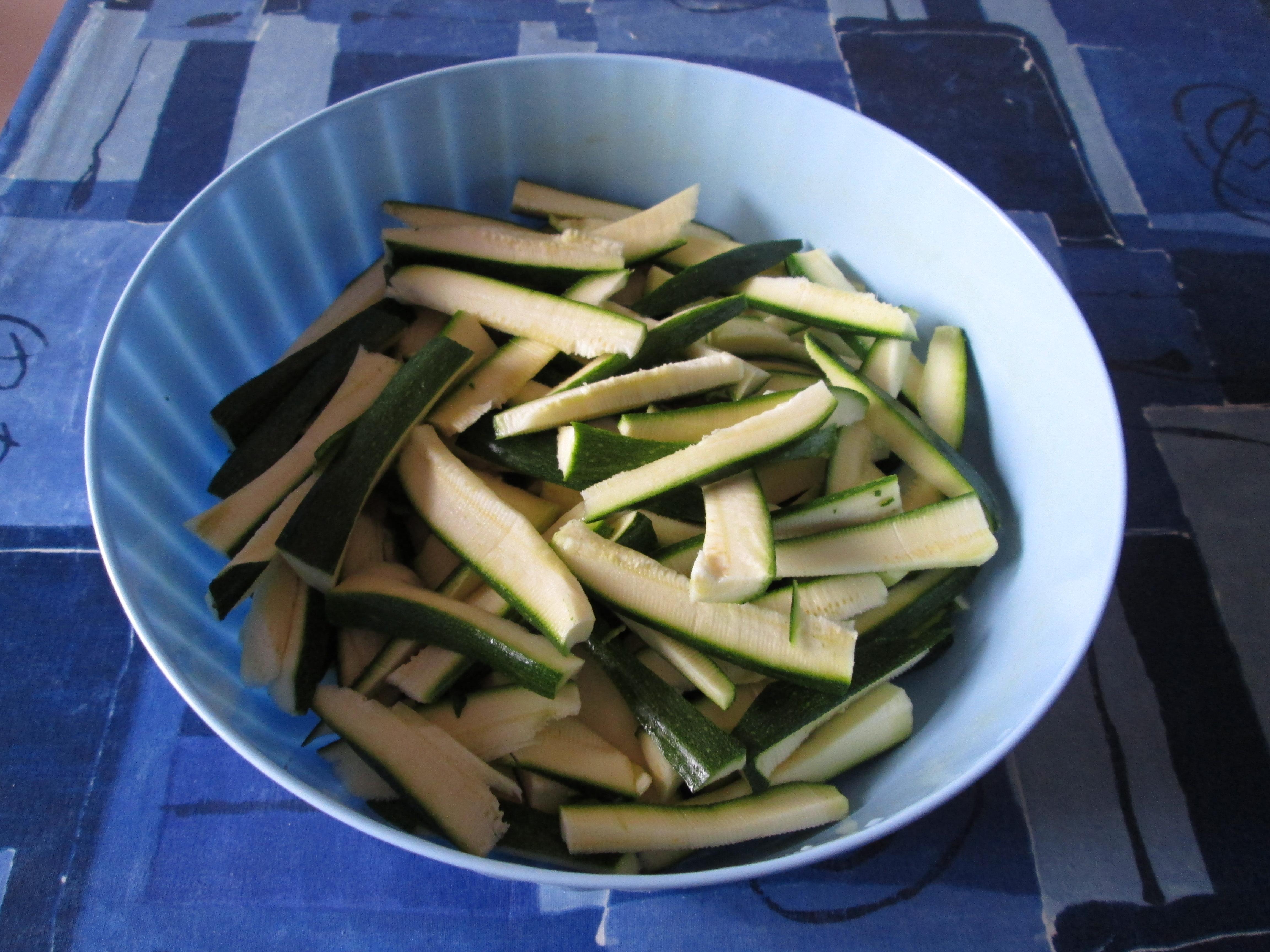 Listarelle di zucchine al forno la cucina azzurra di for La cucina di francesca valmadonna