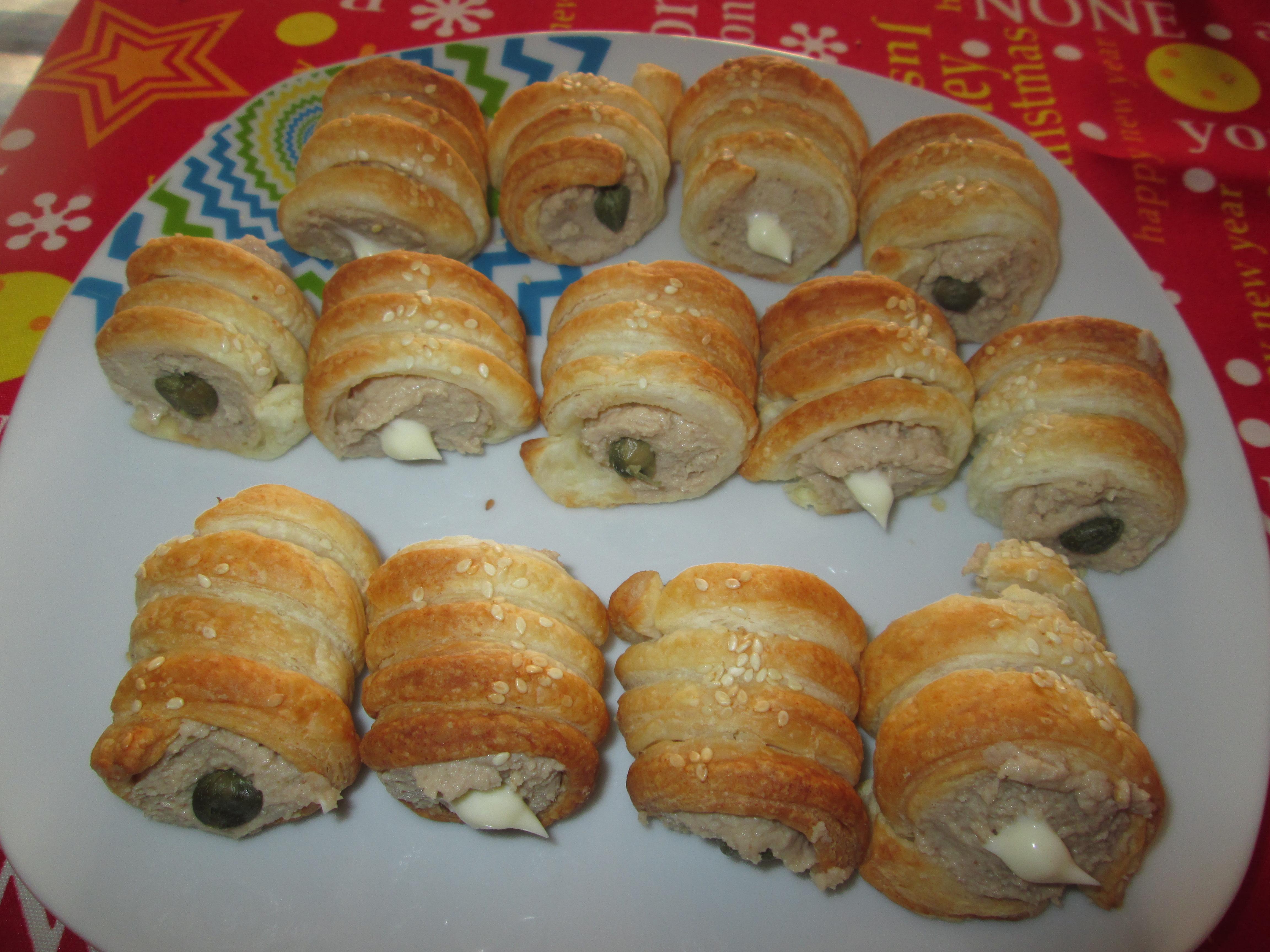 Cannoli salati con crema di tonno la cucina azzurra di for La cucina di francesca valmadonna