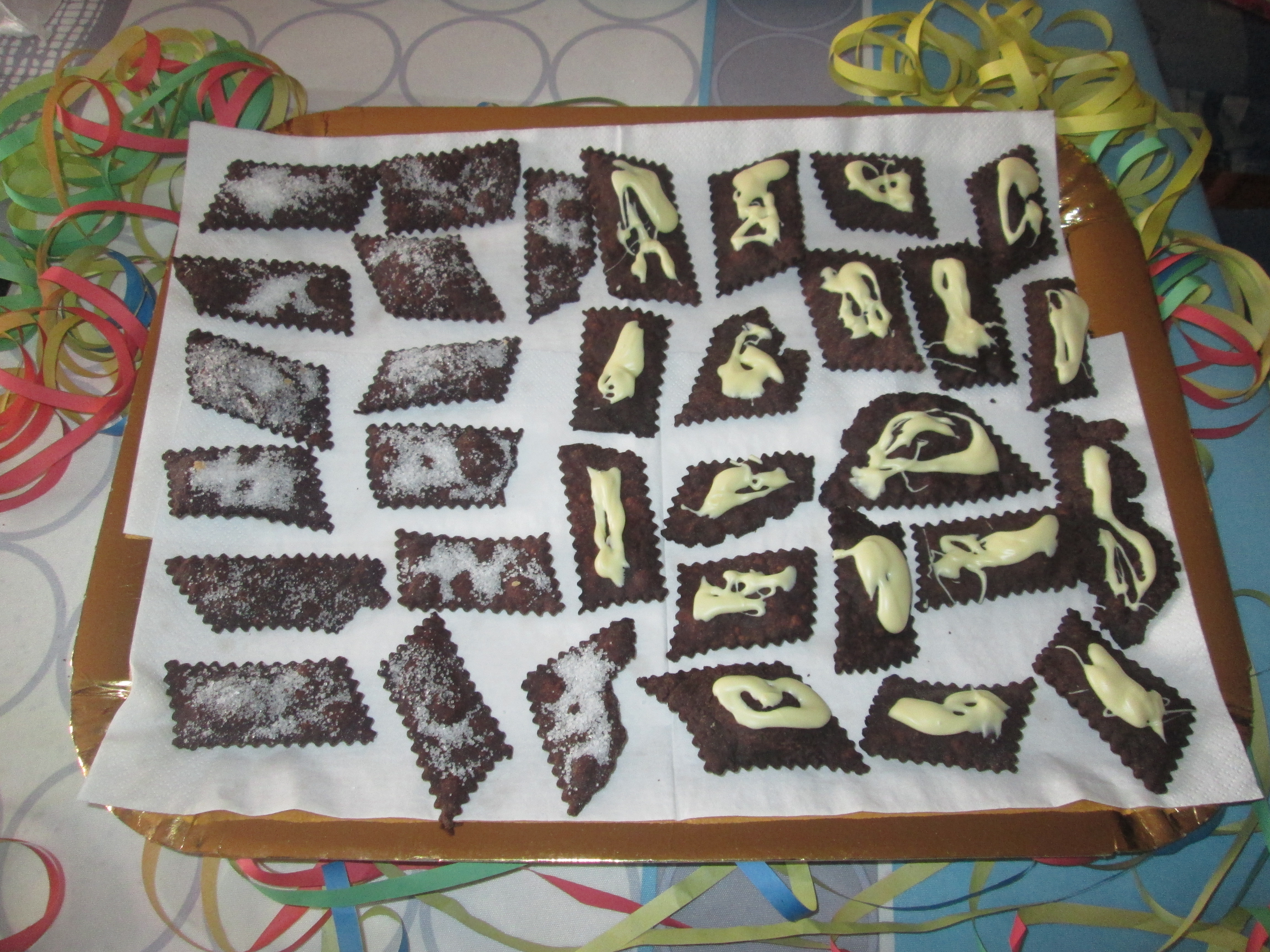Bugie di carnevale al cacao la cucina azzurra di francesca for La cucina di francesca valmadonna