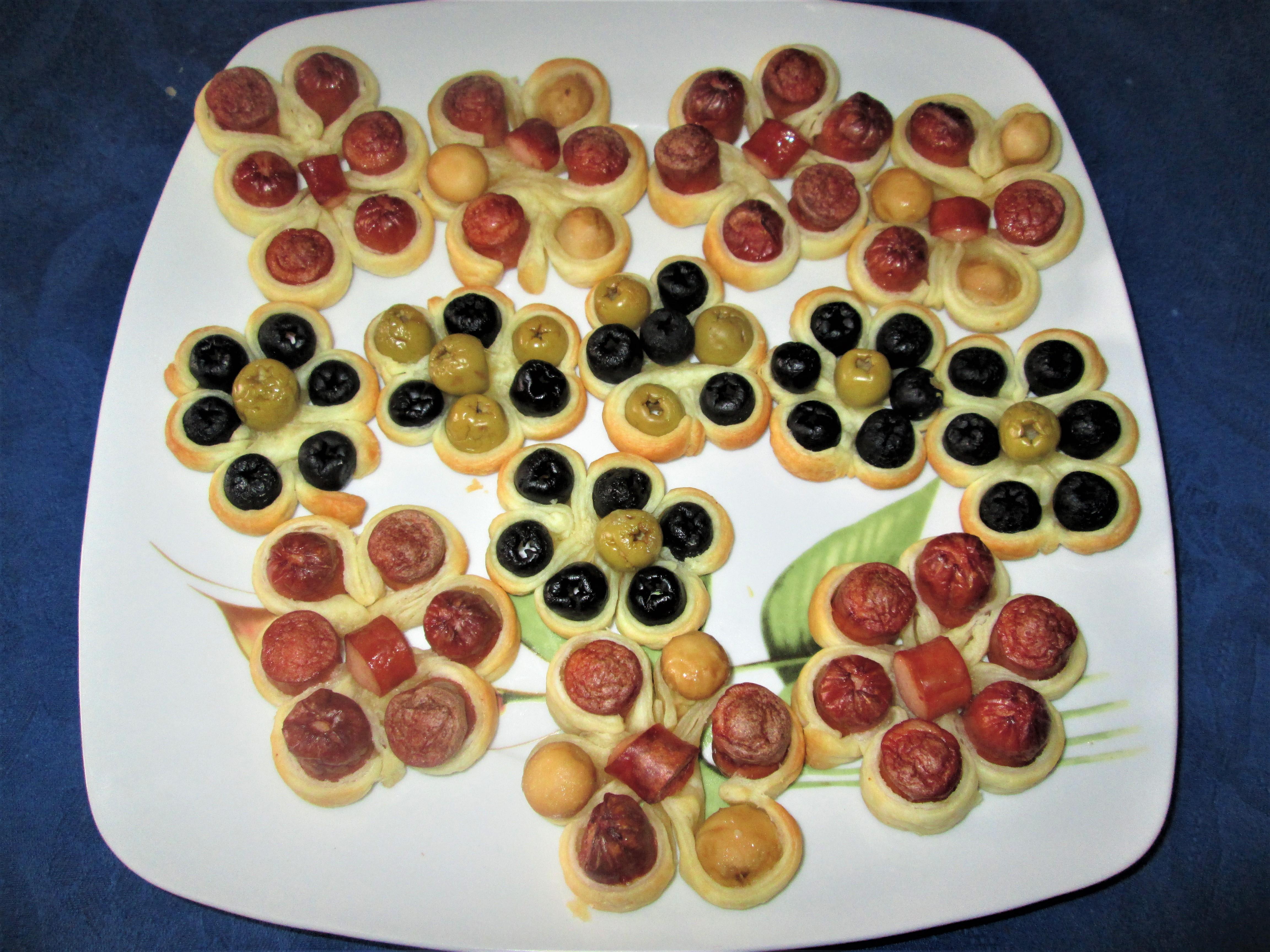 Fiori Salati Giallo Zafferano.Fiori Di Sfoglia Salati La Cucina Azzurra Di Francesca