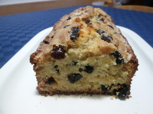 PLUMCAKE ALLO YOGURT E MIRTILLI ROSSI