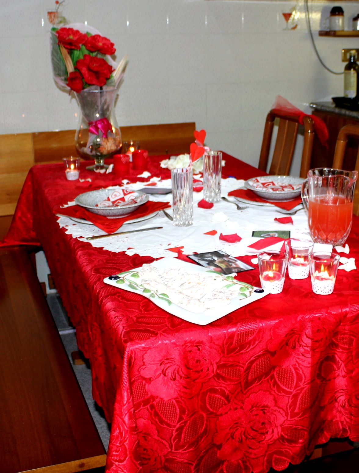 Tavola per una cena romantica la cucina dei balocchi for Tavola per cucina