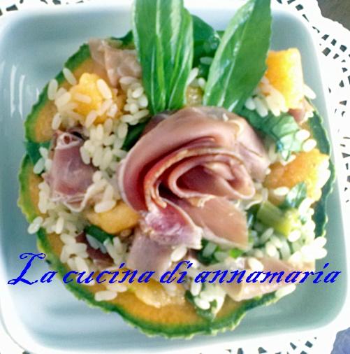 insalata di risdo con prosciutto e melone