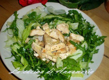 Insalata di pollo, ricetta leggera e veloce