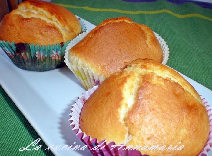 Popolare Muffins con yogurt al limone, ricetta colazione SI74