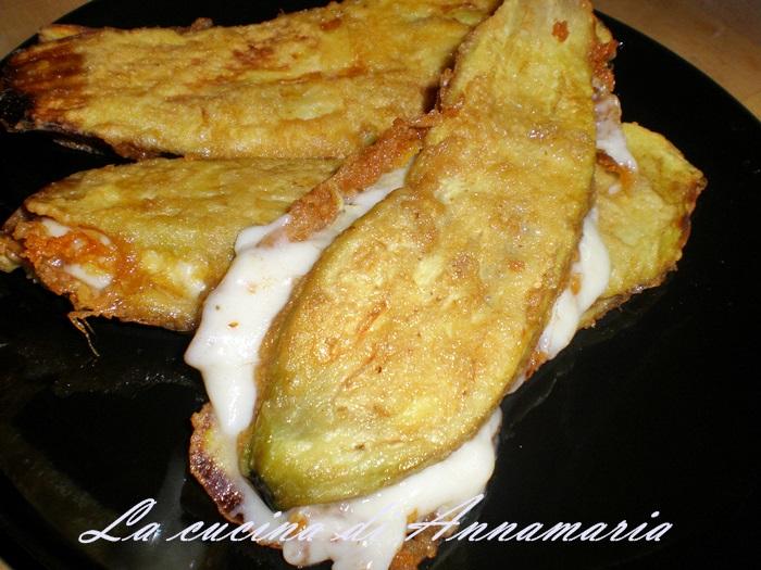 melanzane indorate e fritte imbottite