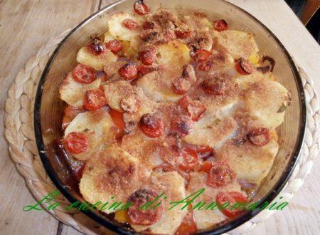 Tiella di patate e peperoni