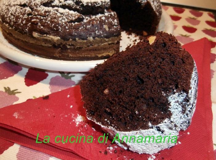 ciambella cacao e mandorle