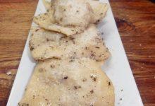 Ravioli con ripieno di patate e pecorino