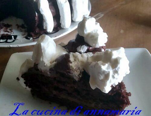 Torta al cioccolato con ganache al cioccolato