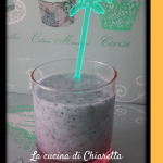 Smoothie mango semi di chia e banana
