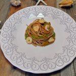 Pasta con fiori di zucca e gamberi