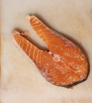 ravioli di salmone e formaggio spalmabile