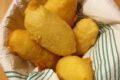 Sfinci fritte con le acciughe Siciliane