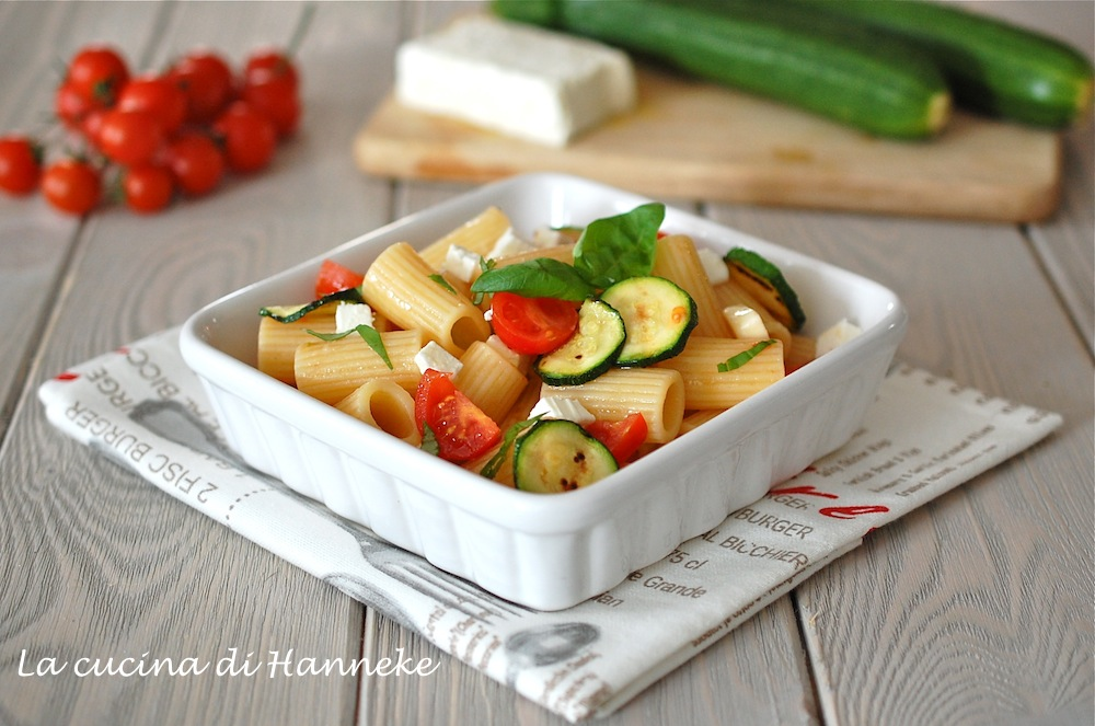 insalata di pasta con feta