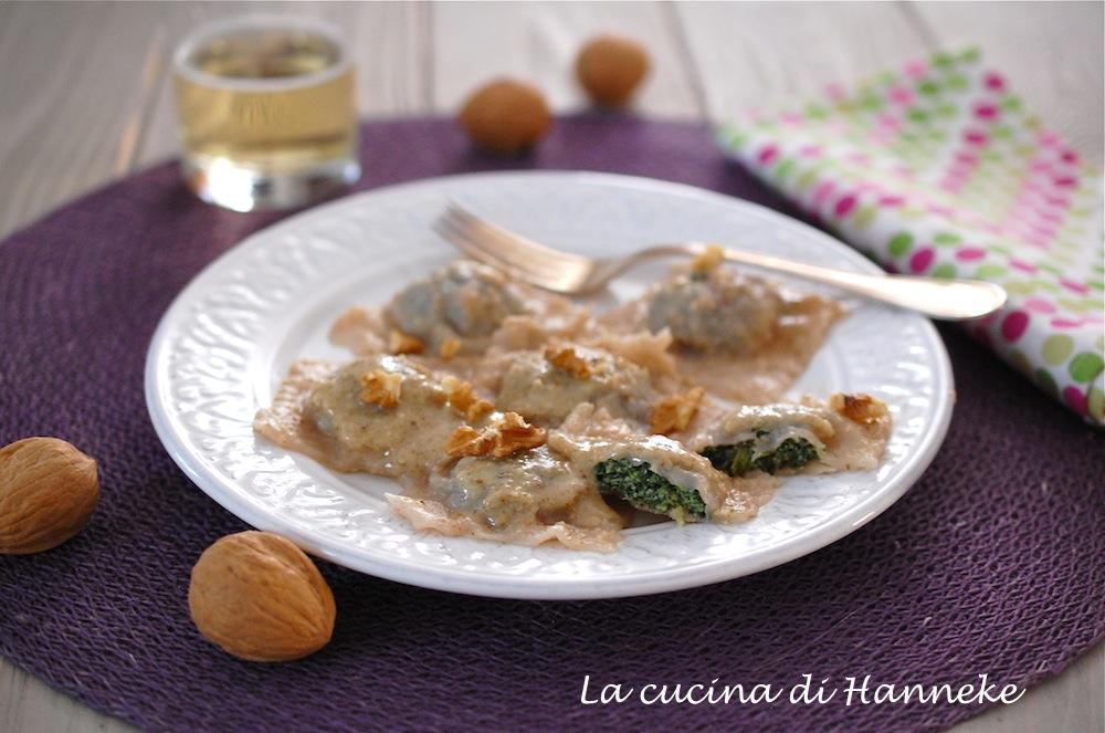 Pansoti con salsa di noci | Ricetta ligure