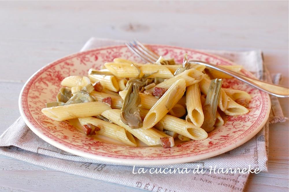 Pasta ai carciofi e pancetta affumicata