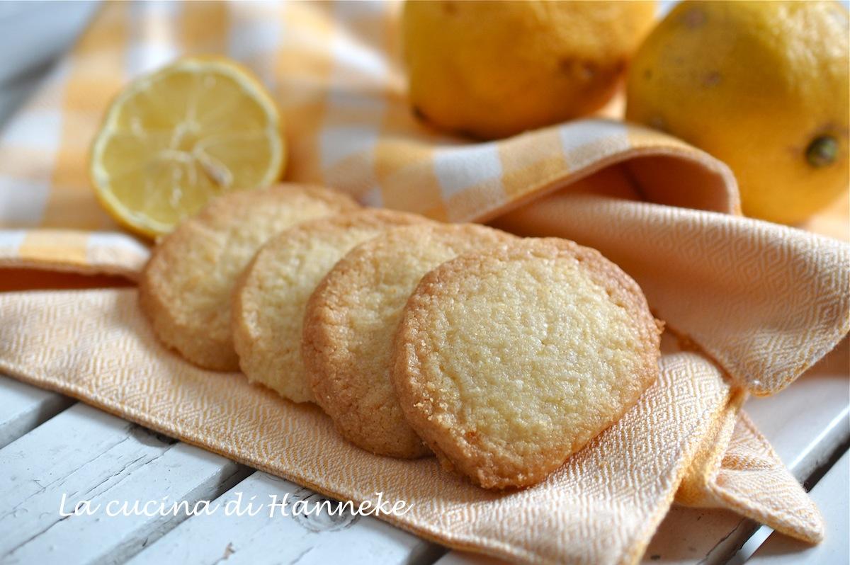 Ricetta Biscotti Al Burro Per Celiaci.Biscotti Al Burro Senza Glutine Profumati Al Limone