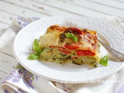 Lasagne con zucchine ricotta pomodoro fresco pesto