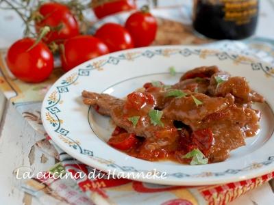 Straccetti di manzo ai pomodorini e salsa di soia ricetta veloce