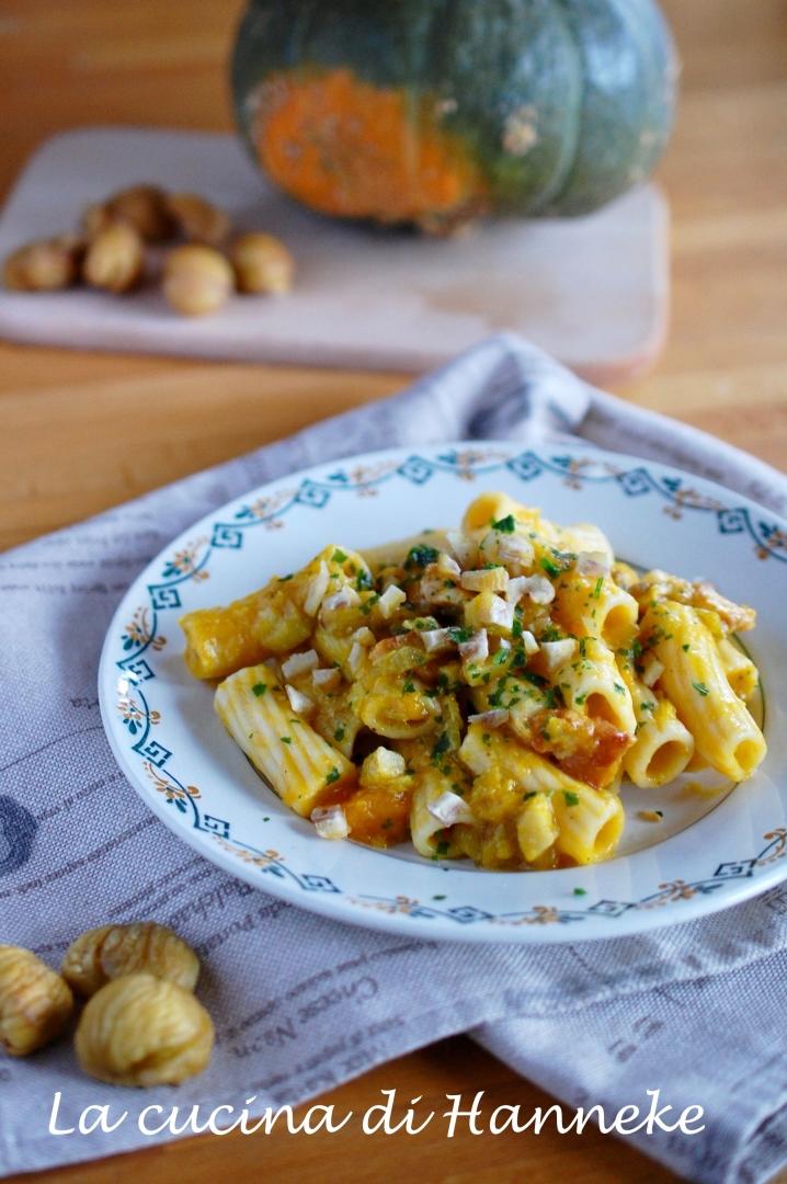 pasta con zucca pancetta porri e castagne