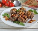 Polpette con ricotta, basilico e pinoli | Ricetta semplice e gustosa