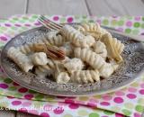 Pasta con crema di carciofi e ricotta
