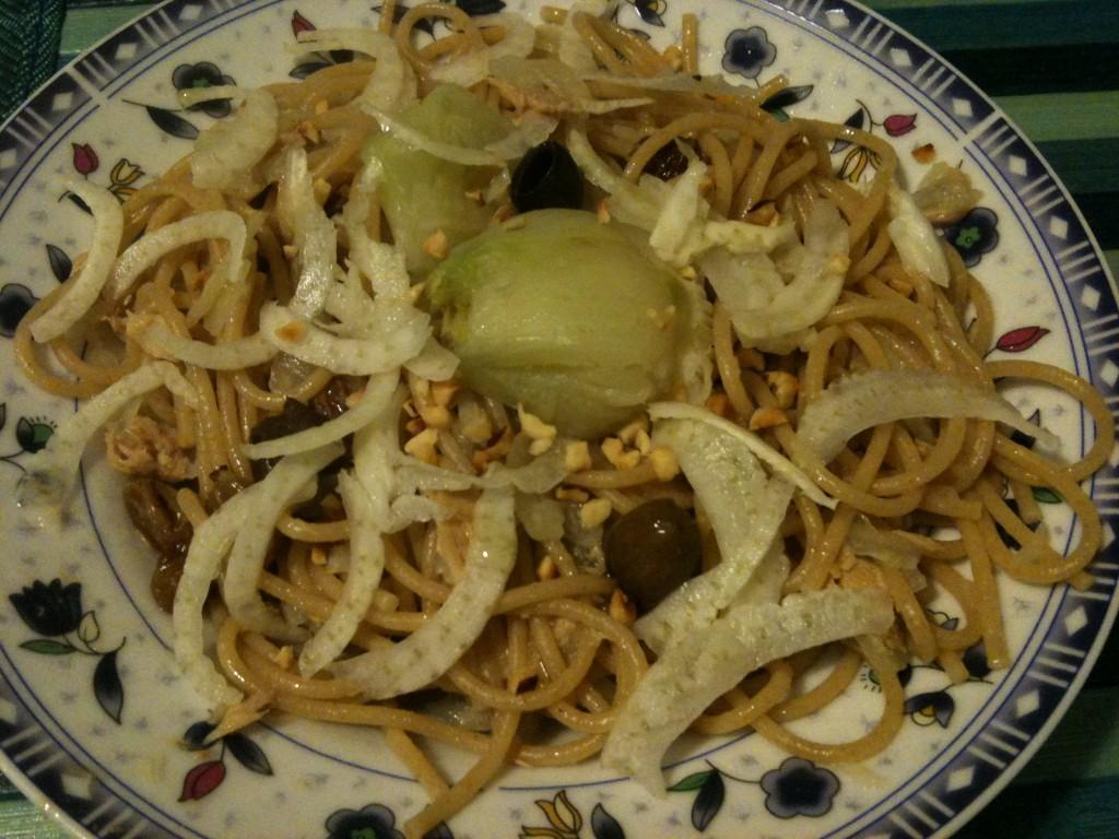 finocchi, nocciole, spaghetti