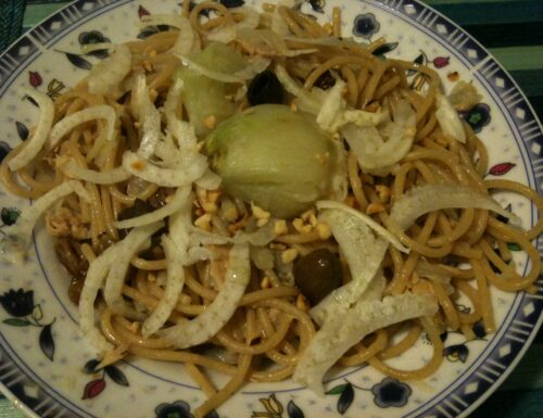 Spaghetti  finocchi e nocciole