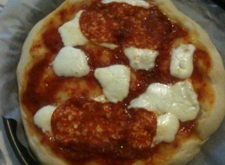 Pizza stracchino e soppressata