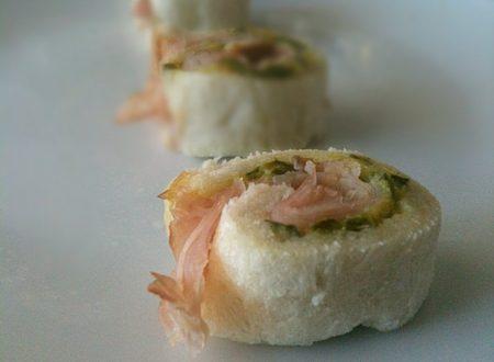 Girelle salate con zucchine e prosciutto